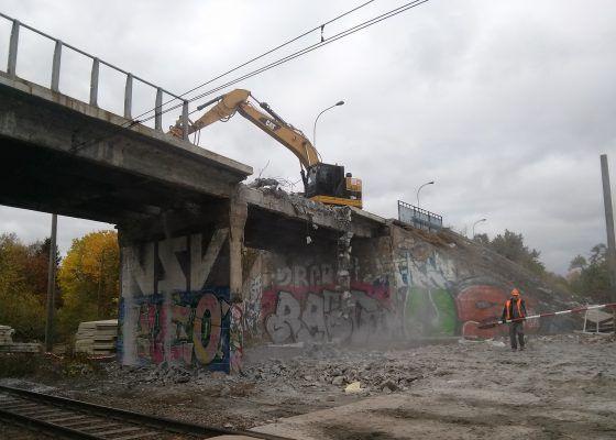 Ruszyła rozbiórka wiaduktu na Chociebuskiej we Wrocławiu – Wrocław Wyborcza