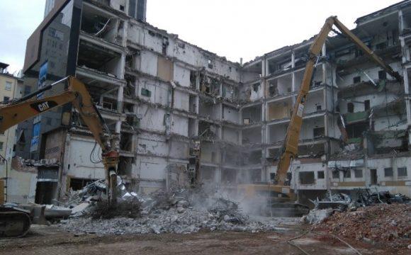 Rozbiórka budynków C, C1, C2 oraz C3 należących do MPSA przy ul. Żelaznej 56 w Warszawie