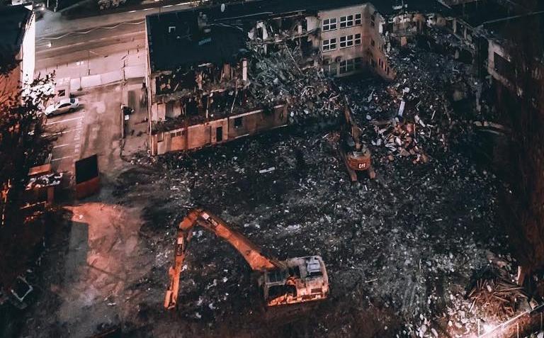 Rozbiórka budynku Teatru Żydowskiego przy Placu Grzybowskim 12-16 w Warszawie - Grupa TREE
