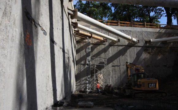"""Rozbiórka budynku położonego przy ul. Litewskiej 1 w Warszawie oraz wykop pod budynek """"Szucha Corner"""""""