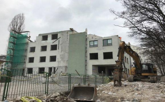 Rozbiórka budynku zlokalizowanego przy ul. Piaseczyńskiej 51 w Warszawie